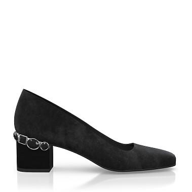 Schuhe mit Schmuckabsatz 8169