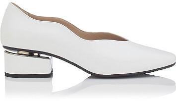 Blockabsatz Schuhe mit Karee-Spitze Carina Lackleder – Weiß