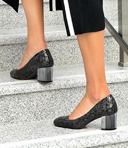 heeled shoes 2